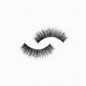 Wings Eyelashes - GlamGlam image number null